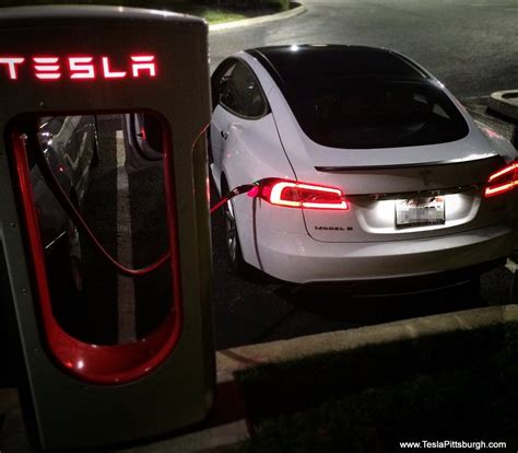 """Tesla to roll out """"Sentry Mode"""" security system on Model S"""
