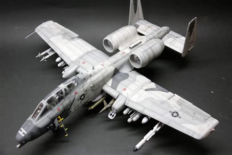 Trumpeter 1/32 A-10 N/AW Thunderbolt II | Large Scale Planes