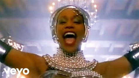Whitney Houston - Queen Of The Night - YouTube